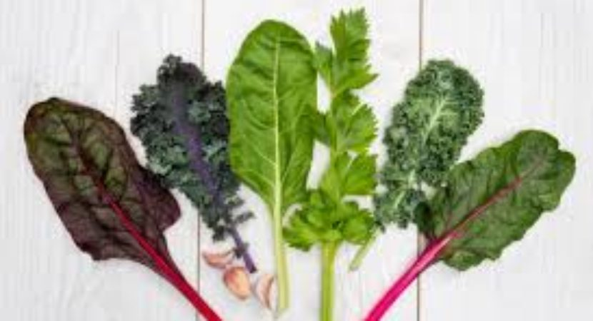 Eating leafy greens could help prevent macular degeneration