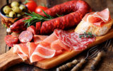 Eating small amounts of red and processed meats may increase risk of early death