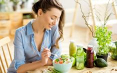 Vegetarians tend to be slimmer and less extroverted than meat eaters study finds